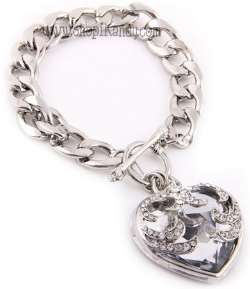 Crystal Heart Toggle Bracelet