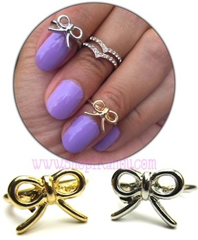 Dainty Bow Midi Ring