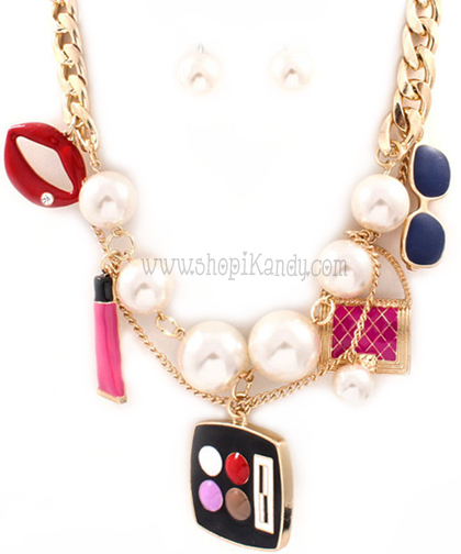 Makeup Fashionista Charm Necklace & Earring Set