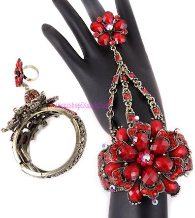 Vintage Flower Ringlet (Bracelet with Ring)