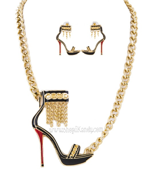 Fashionista Stiletto Heel Necklace Set
