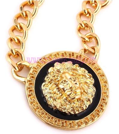 Lion Head Pendant Necklace