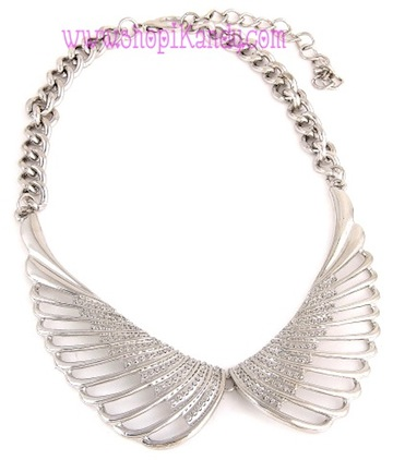 Wings Bib Collar Necklace