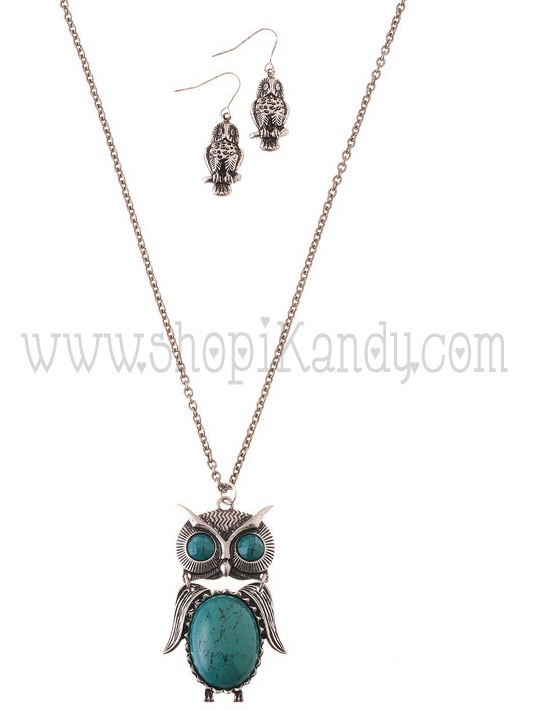 Owl Pendant Necklace Set